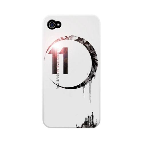 Geeks Designer Line (GDL) Retro Series Apple iPhone 4/4S Matte Hard Back Cover - Moon 11