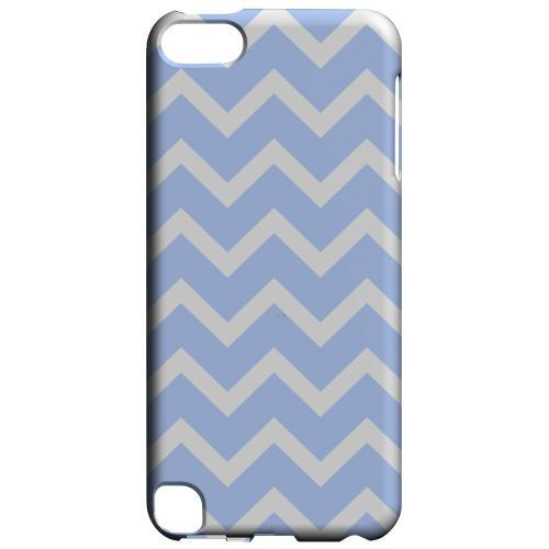 Geeks Designer Line (GDL) Slim Hard Case for Apple iPod Touch 5 - White on Light Blue