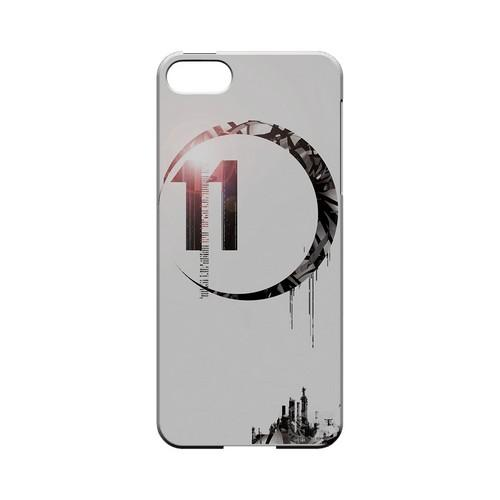 Moon 11 - Geeks Designer Line (GDL) Retro Series Hard Back Cover for Apple iPhone 5/5S