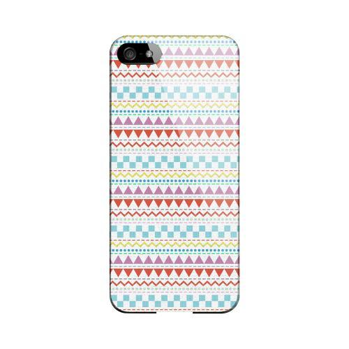 Multi-Shapes & Colors on White Geeks Designer Line Zig Zag Series Slim Hard Case for Apple iPhone 5/5S