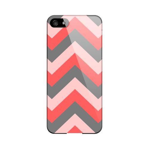 Red on Gray on Pink Geeks Designer Line Zig Zag Series Slim Hard Case for Apple iPhone 5/5S